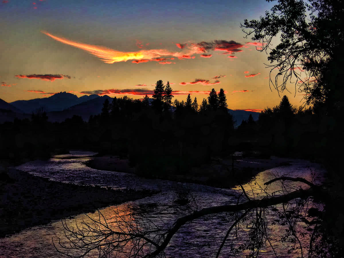 Sundown on the Methow River, which runs through Winthrop