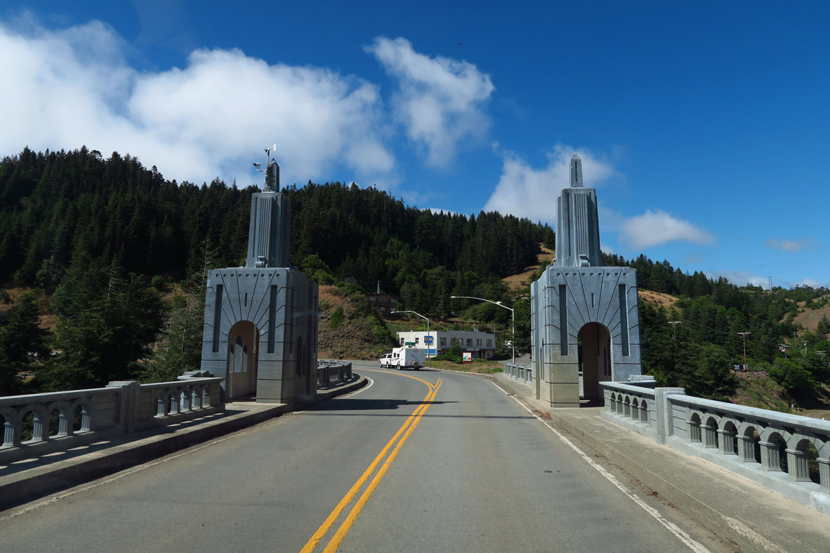You know you are approaching Oregon when the bridges get interesting!