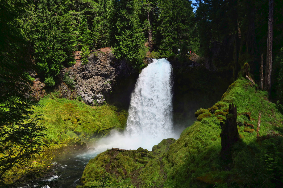 Sahalie Falls, about a 75 ft drop.