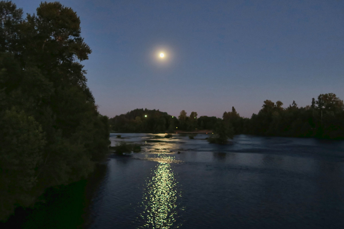 Full moon over Eugene's Willamette River, just steps from the mall parking lot.