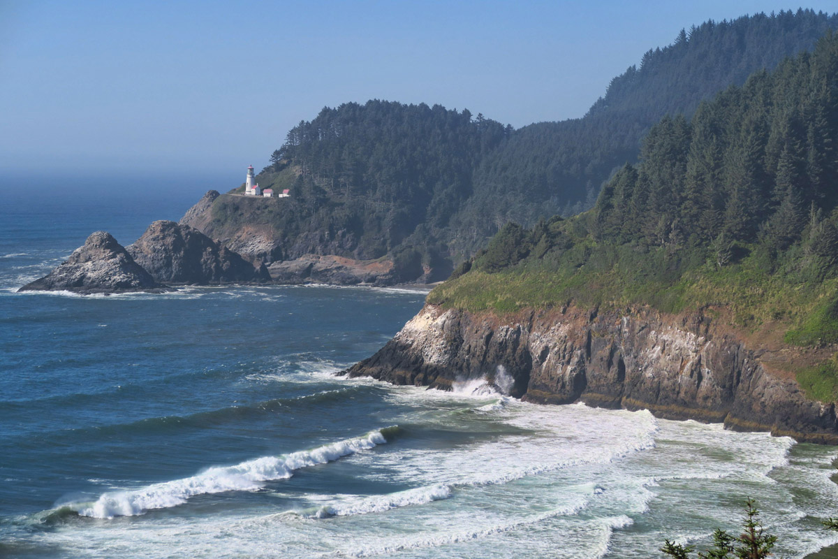 Overlook near Heceta Head Lighthouse.