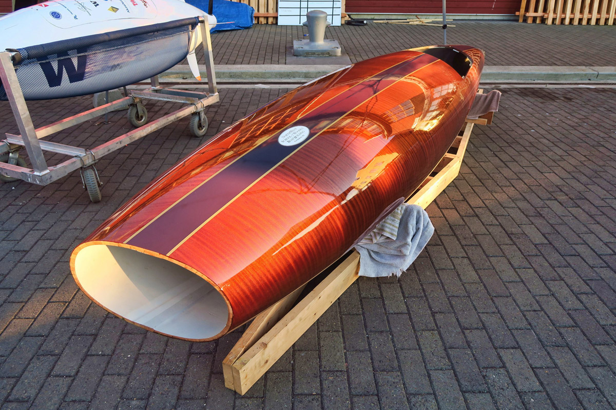 "This ""craft"" is a human-powered submarine built for the Univ of Washington for their entry in the European International Sub Race. It was powered by a SCUBA diver. Interesting to see how they made the tapered design in strips of wood."