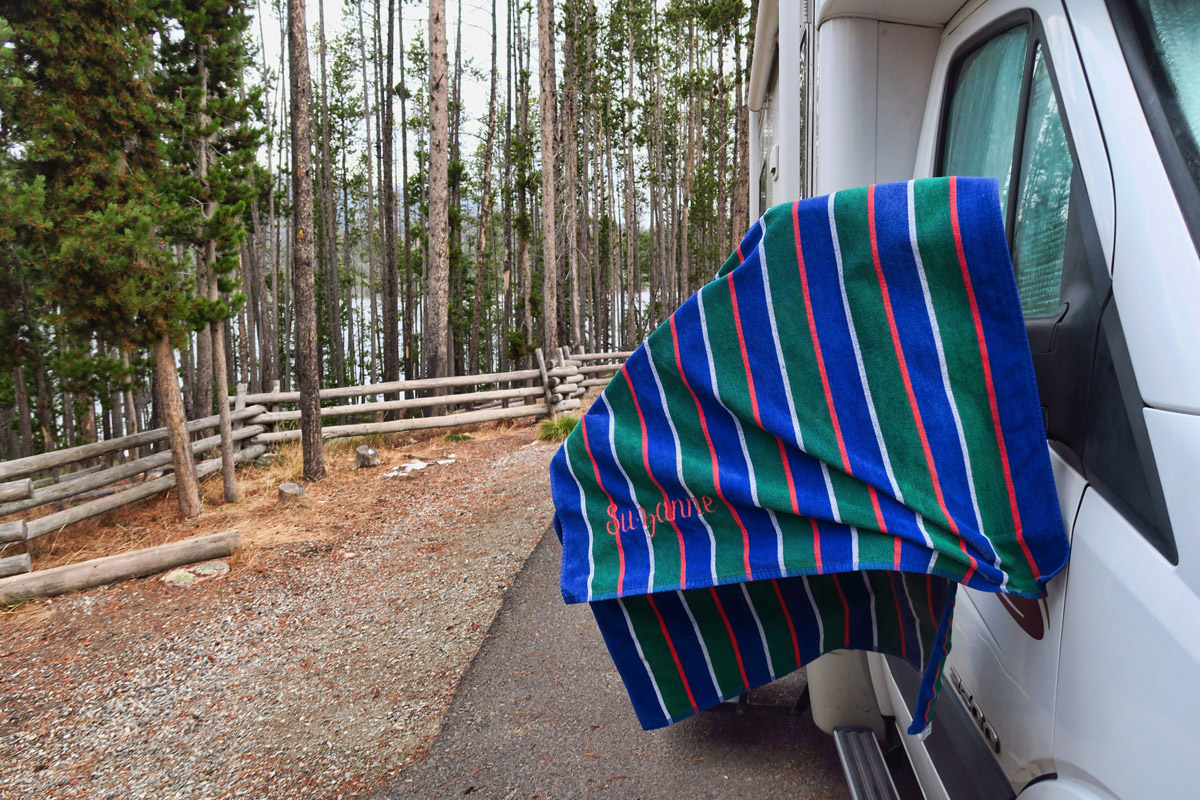 I hung my beachtowel, still wet from the Kirkham Hot Springs, on the fence overnight. It froze stiff!