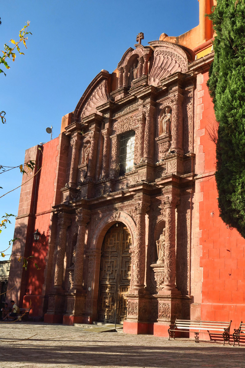 The Oratorio de San Felipe Neri, which is connected to the little chapel.