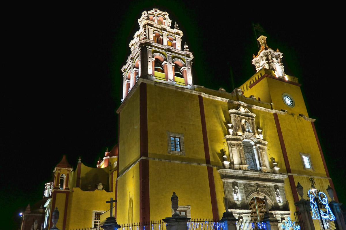 Basilica Colegiata de Nuestra Señora de Guanajuato, built between 1671 and 1696.