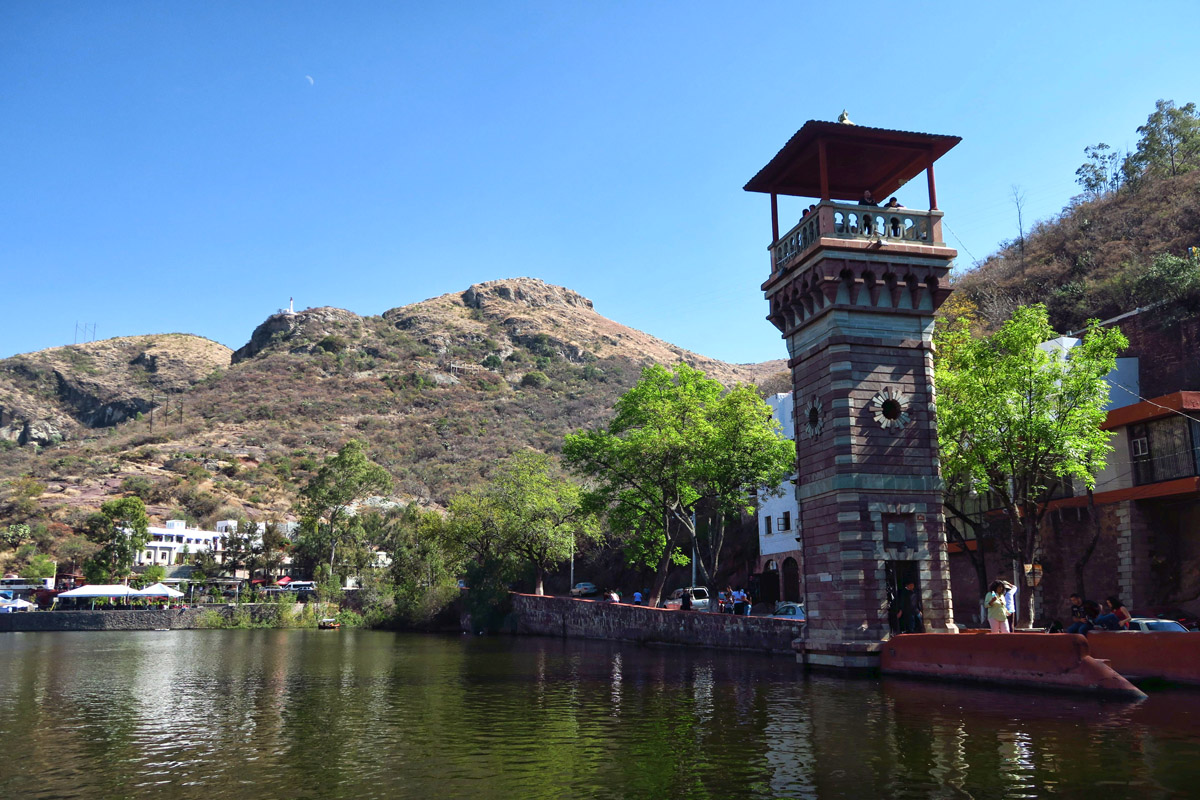 Tower overlooking the Presa