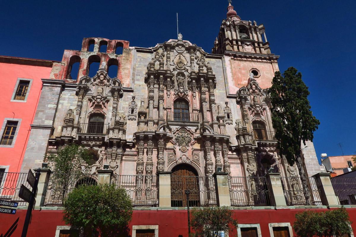 El Templo de la Compañía, completed in 1767.