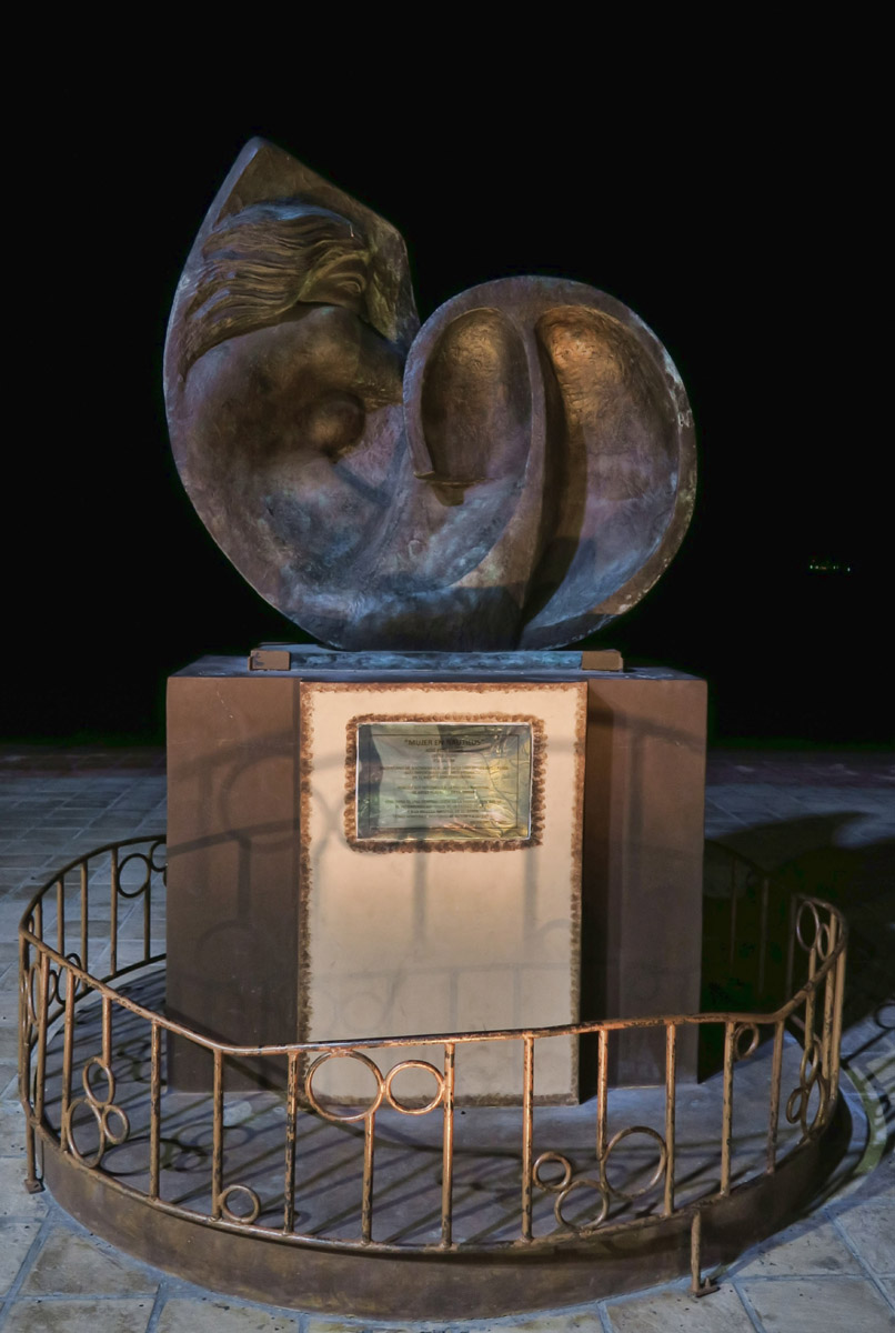 This beautiful bronze statue along the malecon is a woman's form in the shape of a nautilus shell.