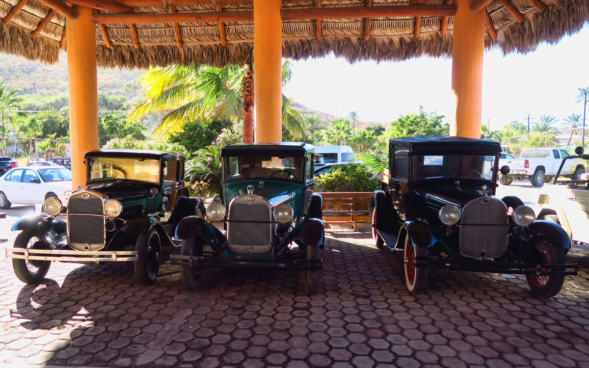 Antique cars in front of Palmas de Cortez, fancy resort in Los Barriles.