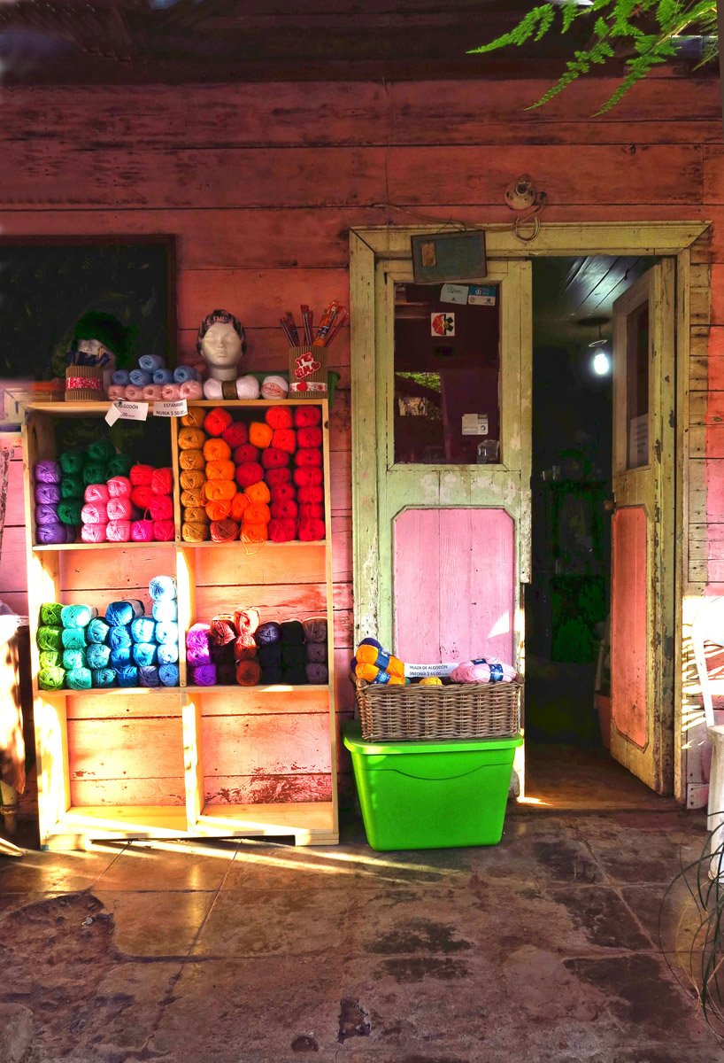 Front porch yarn shop in Mulege