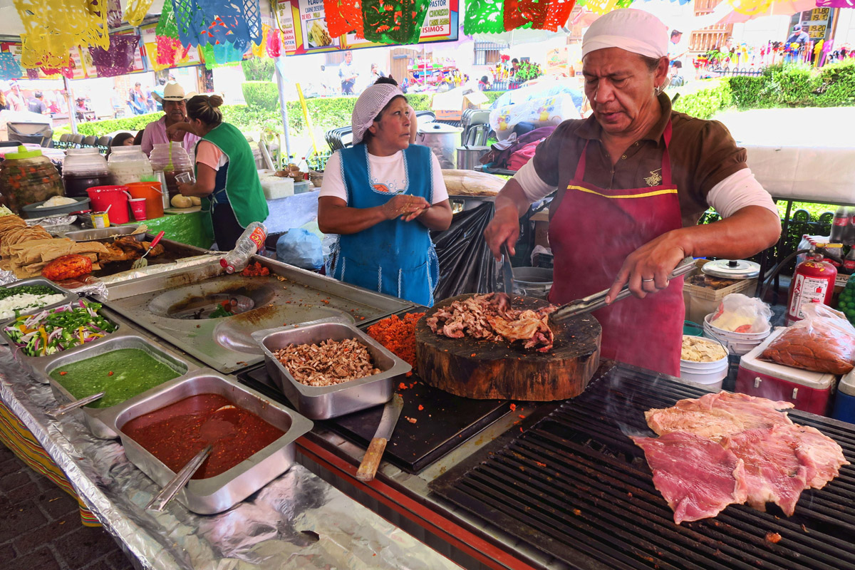 The aromas from this charcoal-grilled arracherra steak vendor are intoxicating.