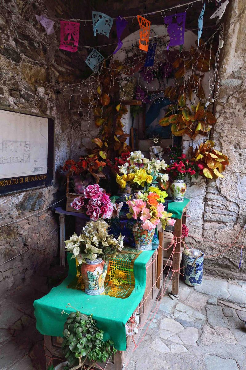 Altar at the entrance of the La Valenciana Mine.