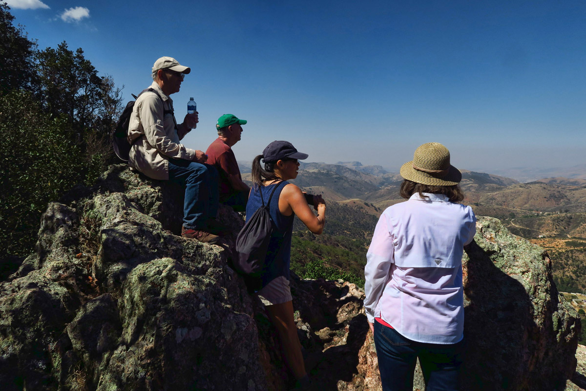 We reach the first overlook at about 2 miles up.