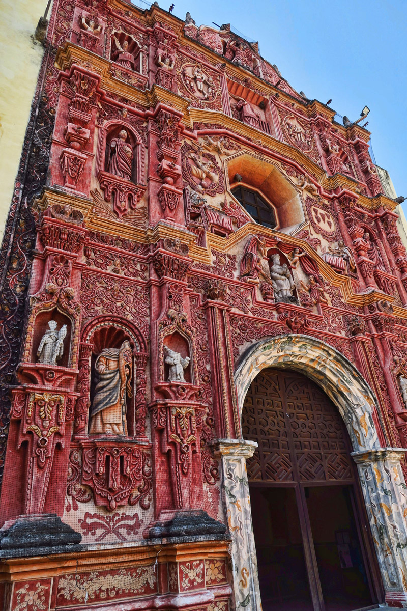 "Highly decorative style on the facades of the five Missions of the Sierra Gorda is known as ""Mestizo Baroque."""