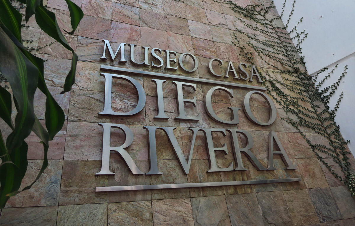 Entrance to the Diego Rivera Museum...quite fancy.