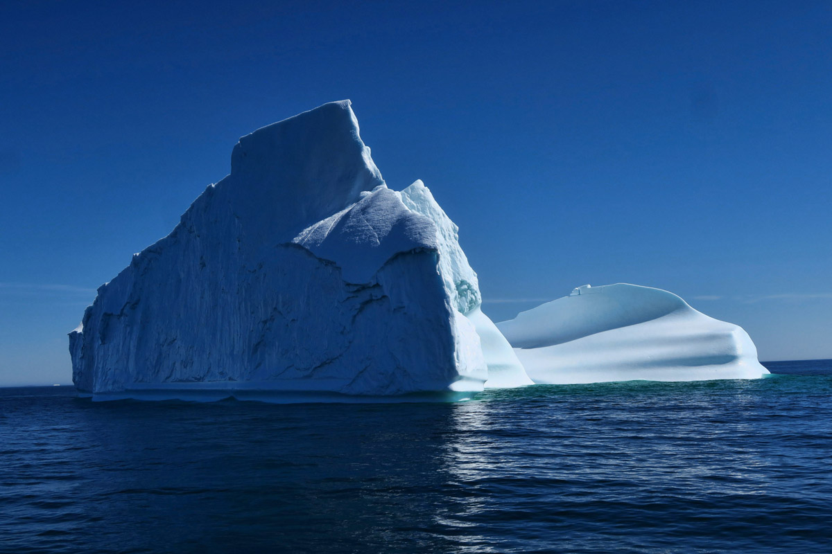 As the boat moves around the iceberg, the scenery changes rapidly.