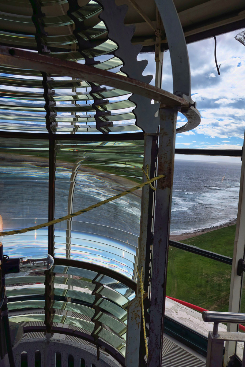 The Point Amour Lighthouse only has half a Fresnel lens.