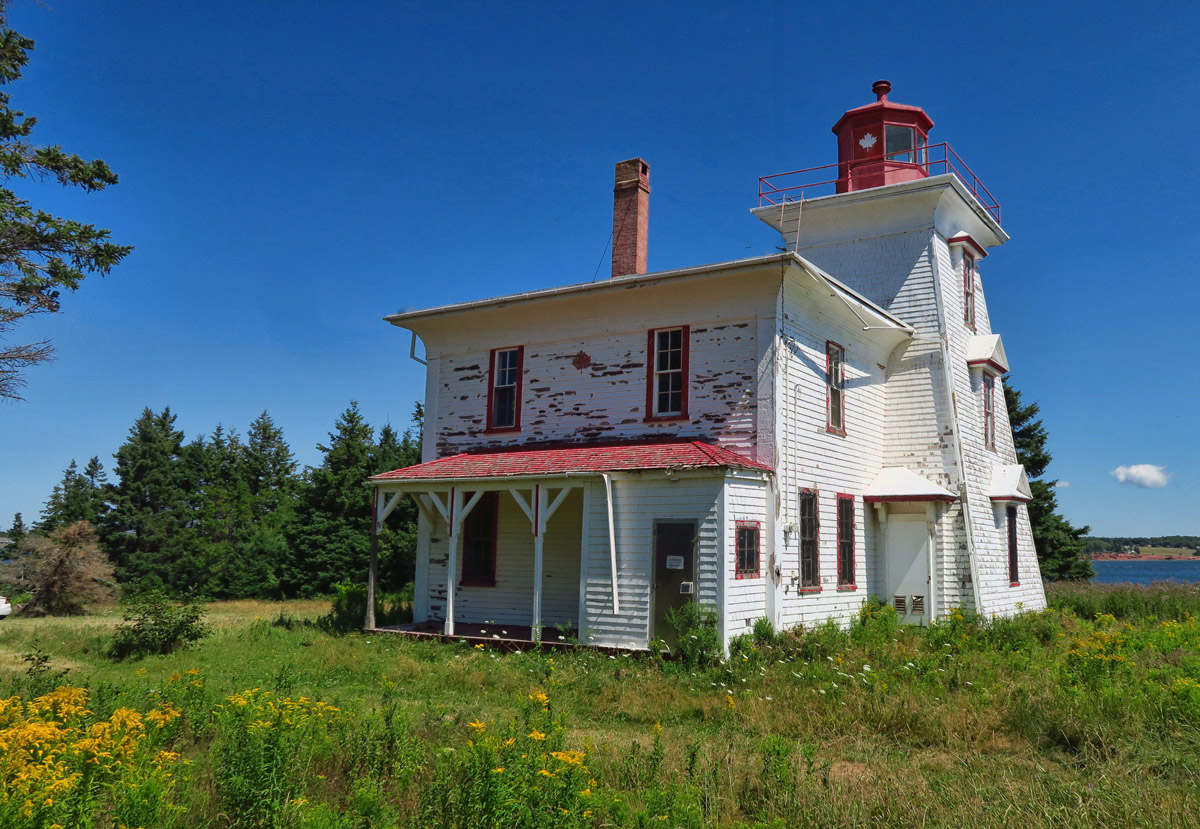 Blockhouse Point Lighthouse. (I would fix this beauty up with a nice paint job if they would let me live here!)