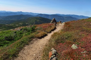 The second day is my favorite hiking day, as the entire 5 miles would be along a ridgeline, with beautiful views.