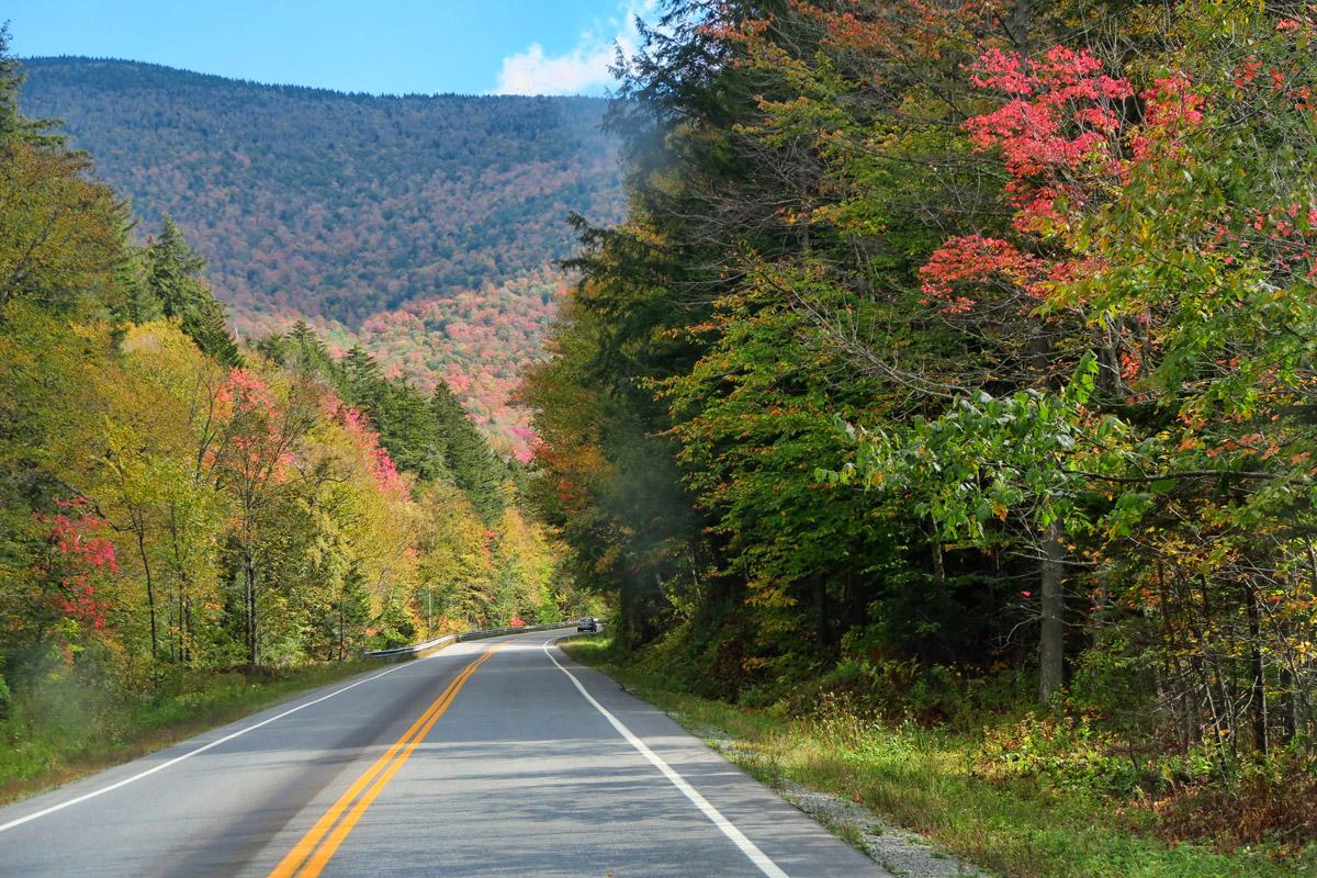 Highway 100 passes through the Vermont ski resorts of Sugar Bush, Killington, and Pico.