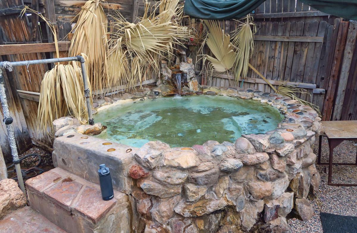 I brake for hot springs...