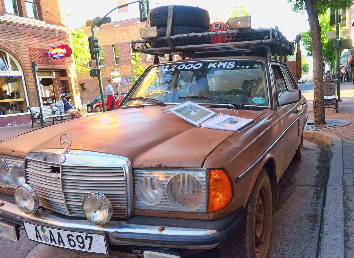 This 1982 Mercedes has been 882,000 kilometers, or almost 550,000 miles.