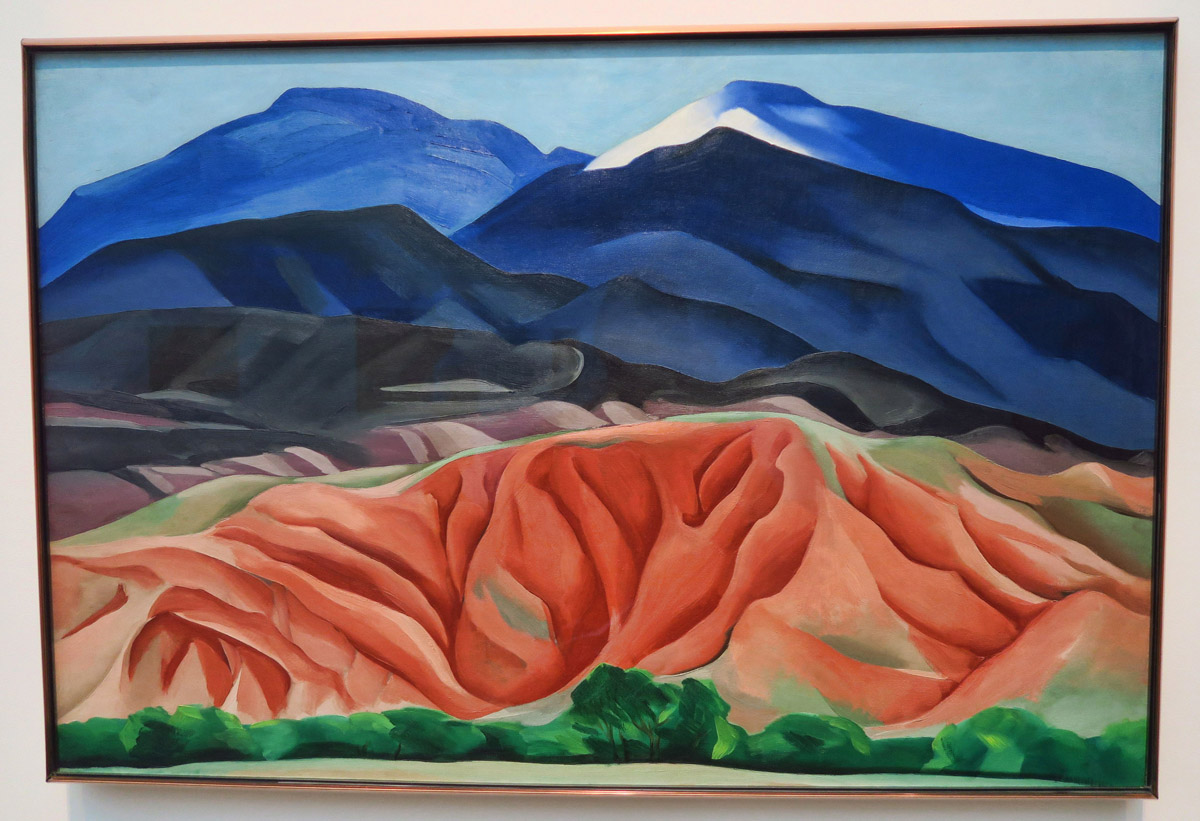 When O'Keeffe started to spend more time in New Mexico, originally moving there permanently, she began painting the landscape.